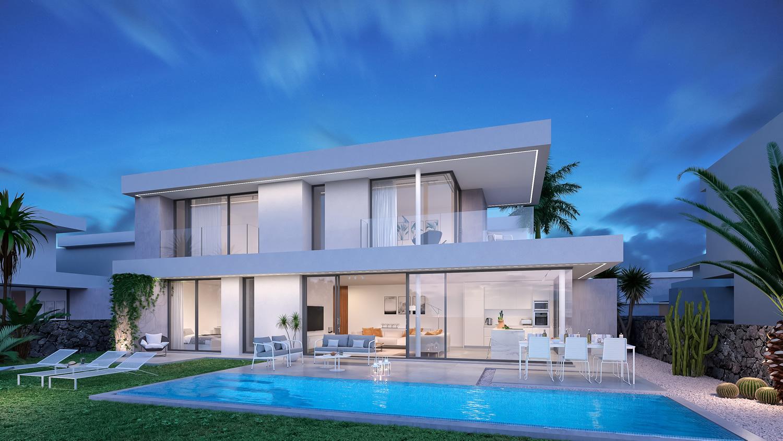 Buitenaanzicht luxe villa met zwembad in Tenerife